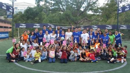 A jugar Fútbol con INVEDIN y DIRECTV